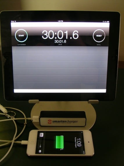 smartercharger charging an ipod touch with ipad showing stopwatch